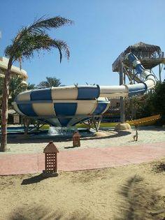 Sindbad Aqua Park Hotel  hurghada: Slides