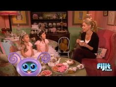 Tea Time with Sophia Grace & Rosie, and Julie Bowen!