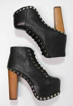 Los Botines De Mujer Pueden Cubrir Todas Tus Necesidades  Los pies siempre han gozado de un protagonismo especial, pero ahora más que nunca con los botines