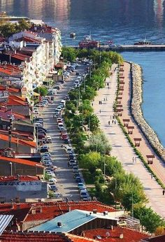 Bursa - Gemlik, World's Most Beautiful, Beautiful Places In The World, Places Around The World, Oh The Places You'll Go, Places To Visit, Around The Worlds, Turkish Architecture, Visit Turkey, Turkey Photos