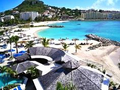 This is the Paradise me and Ash went to on Vacation last year!! Royal Palm Beach Resort in Sint Maarten!!