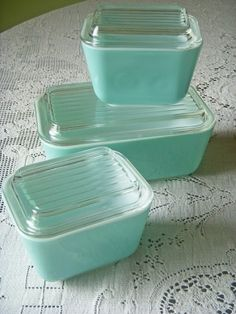 Vintage aqua Pyrex refrigerator dishes with lids. Perfect for a robin's egg blue kitchen.