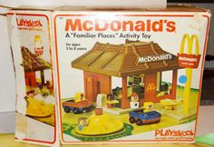 OMG!!! Can't believe I found this! 1970s McDonald's Playset. This brings back memories. We LOVED how the trays snapped under their chins!