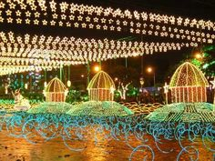Medellin, in Colombia, is famed for its Christmas Lights Fiesta which decorates the night . Latin Travel, Christmas Travel, Most Popular Recipes, Holiday Festival, Luxury Travel, Christmas Lights, Night Life, Places To Go, Around The Worlds