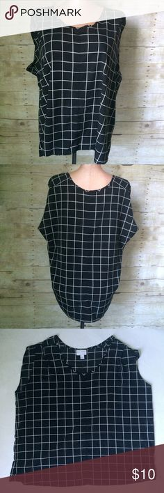✨NEW listing✨➕Pure Energy black & white grid top Pure Energy sleeveless black & white plus blouse with a all over grid pattern. Great piece for work and casual wear. Size is 3X. 100% polyester. Not interested in trades. Pure Energy Tops
