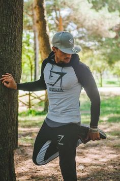 Mens workout clothes estilo gym men, sport outfits y mens fashion. Moda Fitness, Fitness Man, Fitness Video, Sport Fitness, Fitness Watch, Fitness Foods, Fitness Style, Fitness Tracker, Sport Style