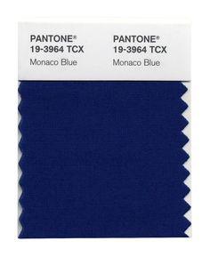 El color favorito de los diseñadores para la #Primavera13: no es un brillante cobalto o zafiro. Tommy Hilfiger, Lela Rose, Hervé Léger y Tia Cibani son fans de este azul con chispa.  @Altavista147 #Altavista147