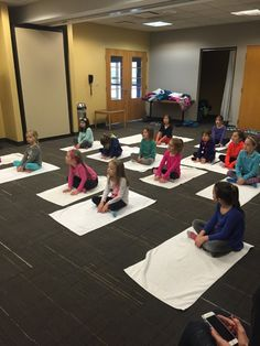 Kindergarten Daisy Troop Learning Yoga at HTSW!