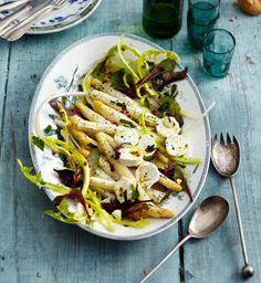 Rezept: Salat aus weißem Ofen-Spargel mit Mohn