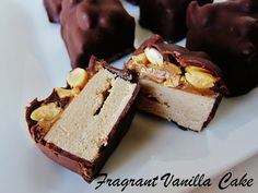 Raw Mini Snickers Bars - Fragrant Vanilla Cake