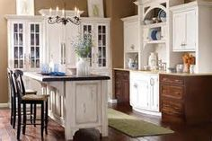 of The Perfect Classic Kitchens Colors With Kitchens Listed In Classic ...