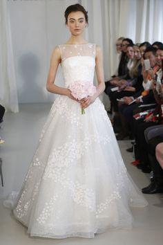 Fotos de Pasarela | Ángel Sánchez, colección nupcial primavera-verano 2014, Nueva York Bridal Week, novias Temporada 2014 Nueva York Bridal Week primavera-verano 2014 | 21 de 25 | Vogue