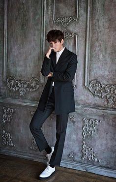 Birth Name: Choi Chung Hyeob (최충협)  Stage Name: BaRon