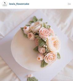 Korea 3D flower buttercream cake                                                                                                                                                                                 More