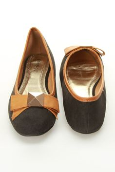 Contrast Piping Ballet Flat