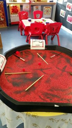 Chinese new year eyfs writing Just realized we can do this in salt or sugar for food-safeness Chinese New Year Crafts For Kids, Chinese New Year Activities, Crafts For 2 Year Olds, Chinese Crafts, Activities For 2 Year Olds, Chinese New Year 2020, Eyfs Activities, Nursery Activities, Work Activities