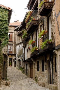 Italy Travel Tips, Spain Travel, Beautiful Sites, Beautiful Places, Places To Travel, Places To Visit, Medieval Town, Aragon, Weekend Trips