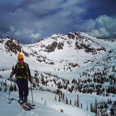 Brittany skins out of Mica Basin after a good ski on Big Agnes shown behind.  For more pics or to read the full report visit 14erskiers.com or click on the link in our profile!  Photog: LarryFontaine  #14erskiers #ski #skiing #iskicolorado #skicolorado #bcskicolorado #backcountry #backcountryskiing @blackdiamond @patagonia @blizzardskis @lasportiva @lekiusa #hshive #honeystinger @backcountryaccess #liveskirepeat #liveyourdream @tecnicaskiboots