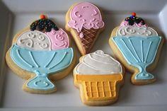 Decorated ice cream cookies via Cupcake Adventures