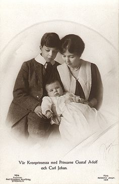 Prince Gustaf Adolf, Crown Princess Margaret and Prince Carl Johann of Sweden. Princess Louise, Princess Margaret, Prince And Princess, Louise Mountbatten, Kingdom Of Sweden, Queen Victoria Prince Albert, Royal Families Of Europe, Swedish Royalty, Royal Queen