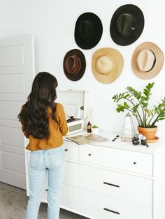 New Darlings - Fall records favorites + record player buying guide - Home Decor - #UOhome