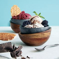Make desserts last longer by serving your frozen treats inside this layered ice cream bowl. While the inner soapstone layer keeps the ice cream icy cold, the elegant outer wooden layer protects your hands from freezer burn. Ice Cream Bowl, Cream Bowls, Freezer Burn, Kitchen Gifts, Kitchen Stuff, Kitchen Things, Cold Meals, Wood Bowls, Soapstone