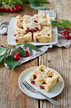 Schneller Kirschkuchen mit Streusel aus Rührteig von Sweets & Lifestyle®