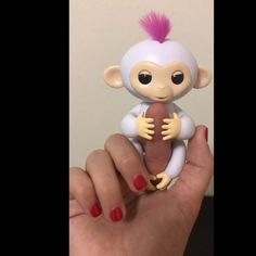 Some of the 40 sounds and animations #Fingerlings make when responding to sound motion and touch.