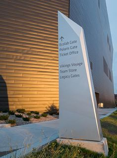 US Bank Stadium – Selbert Perkins Design Environmental Graphics, Environmental Design, Lanscape Design, Architectural Signage, System Architecture, Wayfinding Signs, Trophy Design, Outdoor Signage, Exterior Signage