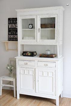 Küchenschrank weiß landhausstil  Küchenbuffet aus Weichholz in weiß im Landhausstil Schränke ...