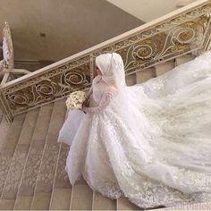 Hijab Wedding: Beauty muslim bride # peçe nikab n… Muslim Wedding Gown, Hijabi Wedding, Wedding Hijab Styles, Muslimah Wedding Dress, Muslim Wedding Dresses, Disney Wedding Dresses, Bridal Dresses, Dress Wedding, Islam Wedding