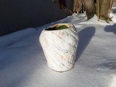 wazon szkliwiony na biało