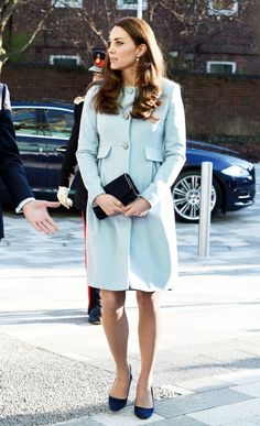http://forums.thefashionspot.com/f50/catherine-duchess-cambridge-kate-middleton-224285-56.html