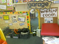 A super Mechanics Garage classroom role-play area photo contribution. Great ideas for your classroom! Play Based Learning, Learning Spaces, Learning Centers, Dramatic Play Area, Dramatic Play Centers, School Displays, Classroom Displays, Classroom Ideas, Garage Furniture Design