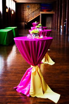 Be the designer of your own wedding reception with these DIY decor tips - http://blog.myjeanm.com/2013/08/be-the-designer-of-your-own-wedding-reception-5846.html #wedding #reception #DIY