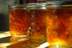Gebratenes grünes Chili-Gelee - Yummies Jam, Jelly, Preserves and a Pickle or two - Pfeffer Hatch Peppers, Hatch Chili, Jelly Recipes, Chili Recipes, Pepper Recipes, Mexican Recipes, Sauce Recipes, Green Food Coloring, How To Make Light