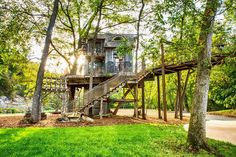 Adventure awaits at Dogwood Canyon! Encounter wildlife and learn about our native land when you explore the Ozarks! Dogwood Canyon, Wilderness Resort, Game Reserve, Mountain Landscape, The Great Outdoors, Great Places, The Incredibles, Nature, Container Houses