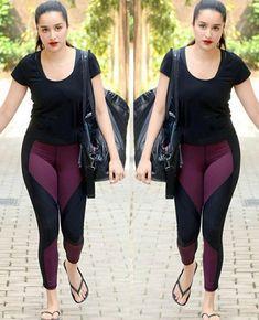BOLLYWOOD ACTRESS IN PUBLIC GYM Bollywood actress in gym wear Bollywood actress gym Bollywood actress gym photos Bollywood actress gym workout pics Bollywood actress workout in gym Bollywood actress gym outfit Bollywood actress in gym dress Top 10 Bollywood Actress, Mode Bollywood, Most Beautiful Bollywood Actress, Bollywood Girls, Bollywood Fashion, Bollywood Bikini, Bollywood Saree, Beautiful Actresses, Kareena Kapoor Bikini