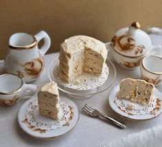 Banana Nut Cake 1/12 Scale Dollhouse Miniature by LizBrownLovesArt, $12.00. This looks delicious!