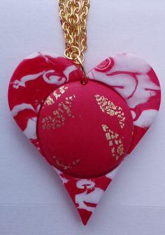 """Kette mit Anhänger """"te amo"""" Preis: Euro --- Necklace with pendant """"te amo"""" Day Price: Euro --- Collar con colgante """"te amo"""" de la Madre Precio: Euro Classic Outfits, Nautical Theme, Jewelry Shop, Peace And Love, Latest Fashion Trends, Vibrant Colors, Pendants, Pendant Necklace, Etsy"""
