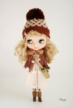 Miss yo hand-knitted Hollow Pattern Sweater Coat  for Blythe doll - doll outfit - Brown