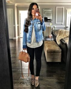 Flat Lays Come to Life - Jeansjacke Outfit Jean Jacket Outfits, Outfit Jeans, Black Jeans Outfit Work, Blazer Outfits, Blue Jeans, Look Fashion, Autumn Fashion, Fashion Outfits, Winter Skinny Jeans Outfits