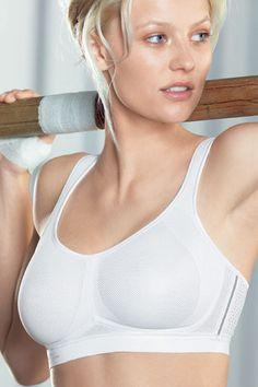 Schicke Wäsche für die Ladies!  Air Control - Maximum Support Sport BH  - Funktion und Schick!