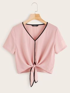 To find out about the Bow Tie Neck Dip Hem Frill Blouse at SHEIN IN, part of our latestBlouses ready to shop online today! Girls Fashion Clothes, Teen Fashion Outfits, Look Fashion, Trendy Outfits, Girl Fashion, Cute Outfits, Jugend Mode Outfits, Crop Top Outfits, Blouses For Women
