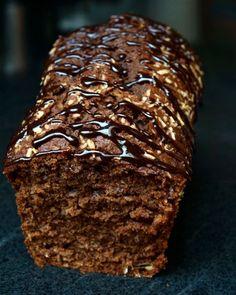 Cake banane, chocolat et noix de coco #bananabread Top Recipes, Cake Recipes, Dessert Recipes, Chrismas Cake, Gateau Cake, Banana Bread Cake, Biscuit Cake, Chocolate Recipes, Cupcake Cakes
