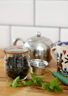 how to dry mint leaves for peppermint tea