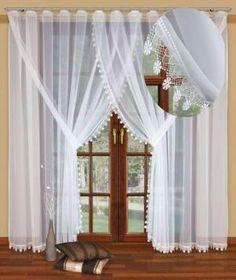 #Firanka_z_woalu z doszytą koronką Wyszukane zdobienia okienne to coś, czego Ci trzeba?  Zatem mamy dla Ciebie propozycję idealną i naprawdę nietuzinkową.  Oto stylowa firanka z woalu z doszytą koronką, która idealnie sprawdzi się w pomieszczeniach urządzonych w klasycznym czy też romantycznym stylu. kasandra.com.pl