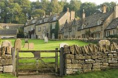 Stock Photo - Dry stone wall gate and stone cottages Snowshill village The Cotswolds Gloucestershire England United Kingdom Europe 6 Photos, Pictures, Midsomer Murders, English Village, English Cottages, Country Cottages, Country Houses, Manor Farm, Stone Cottages