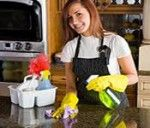 Homemade Granite Cleaning (also stain removal tips): All it takes is alcohol, a few drops of dish soap such as Dawn and three parts water to make your homemade cleaning solution House Cleaning Company, House Cleaning Tips, Spring Cleaning, Cleaning Hacks, Cleaning Maid, Cleaning Companies, Cleaning Granite Countertops, Granite Cleaner, Diy Cleaners