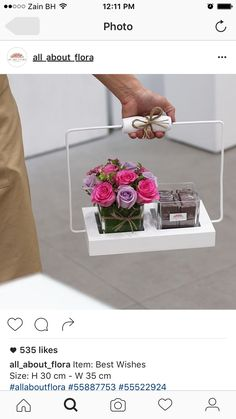 Perfect tray to carry all your beauty products or just display. Flower Packaging, Gift Packaging, Chocolate Bouquet, Flower Boxes, Creative Gifts, Flower Designs, Flower Art, Paper Flowers, Diy Gifts